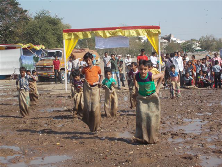 OPEN BHAVNAGAR MUD- SACK RACE AND SNACKS
